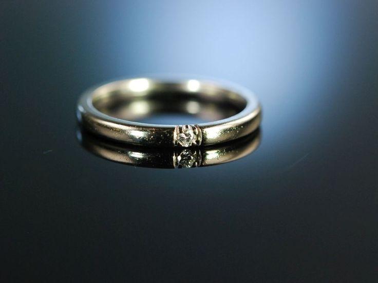 You are my Sweatheart! Diamond engagement ring!  Klassischer Brillant Verlobungs Ring Weiß Gold 585, induviduelle Verlobungsringe bei Die Halsbandaffaire