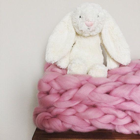 Brazo de lana de Merino gruesa de punto bebé niña por knittedcanada