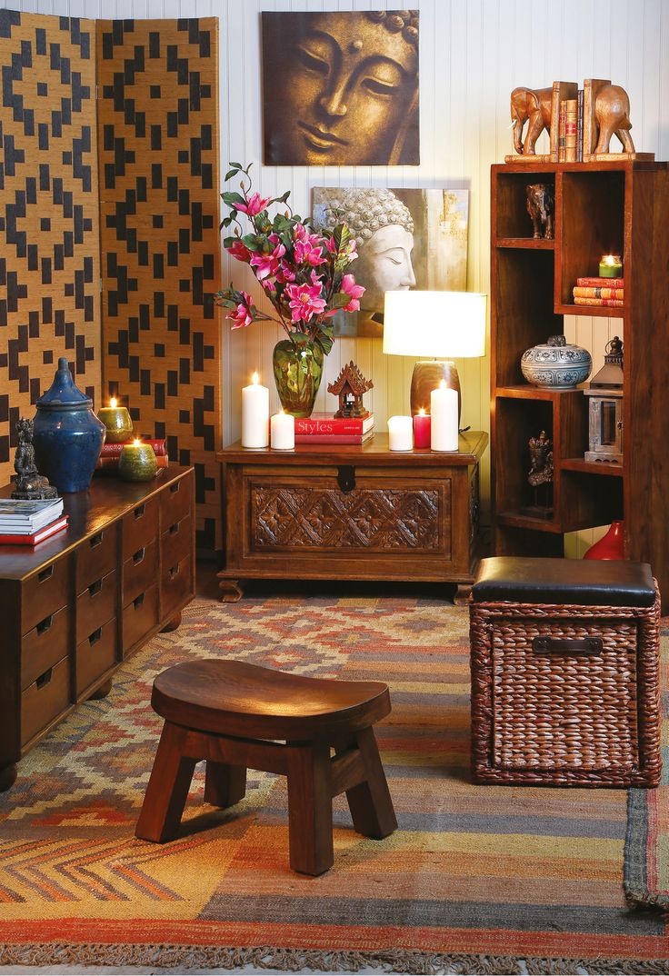 Las canastas y muebles bajos le darán un toque de magia #Thai a tus espacios.  #Thai #Tailandia #Home #Deco #Easy #Silla #Muebles #Velas  #easytienda #tiendaeasy