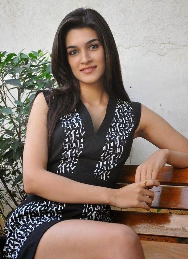 Kriti Sanon Hot latest Photo #KritiSanon #FoundPix #Bollywood