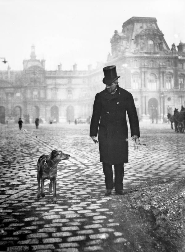 """Gustave Caillebotte, pittore francese (celebre il suo quadro """"Les raboteurs de parquets"""" del 1875 al Museo d'Orsay). Questa fotografia (che trovo bellissima) invece è del 1876,ad opera del fratello Martial Caillebotte."""