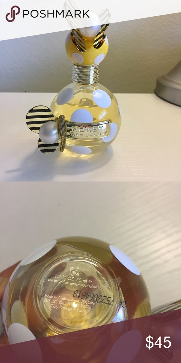Honey MARC JACOBS Perfume  Sprayed on twice. In great condition. Bought at Macy's. Bundle and save  Marc Jacobs Other
