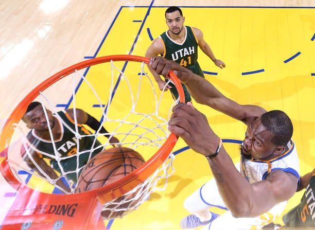 Kevin Durant of the Golden State Warriors dunks against the Utah Jazz during Game One of the NBA Western Conference SemiFinals at ORACLE Arena on May...