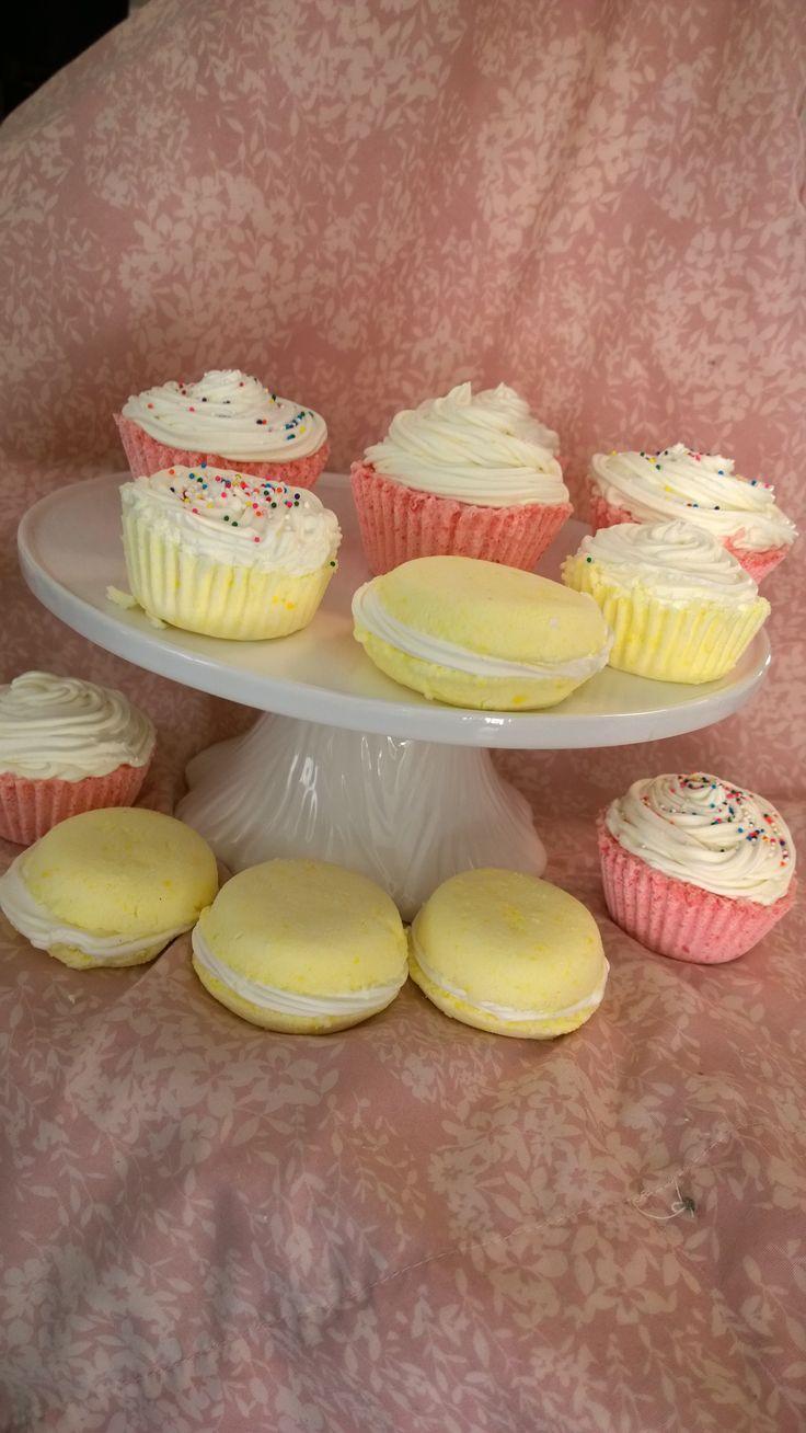 Cupcake and macaroon bath bombs and bubble bath combination
