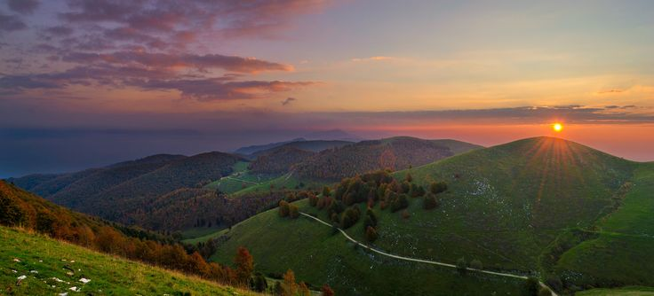 """It was an autumnal morning, I woke up early at 5, and after an hour of """"speeding"""" I was there, on top of Cesen Mountain in Valdobbiadene, the atmosphere was fantastic how could I miss to capture it?!"""