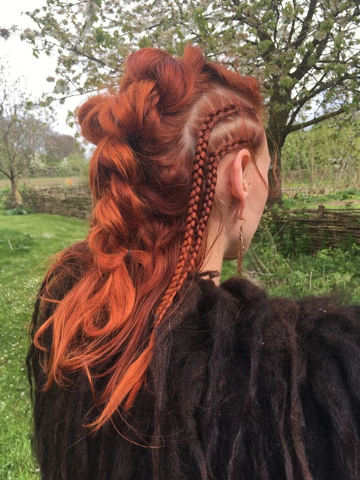 Red viking lagertha hair! Awesome shieldmaiden Marjolein Hoekendijk