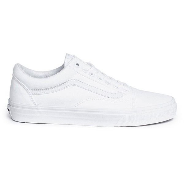 Vans 'Old Skool' low top canvas sneakers (190 BRL) ❤ liked on Polyvore featuring shoes, sneakers, white, sport shoes, white sports shoes, sports shoes, vans shoes and white sneakers