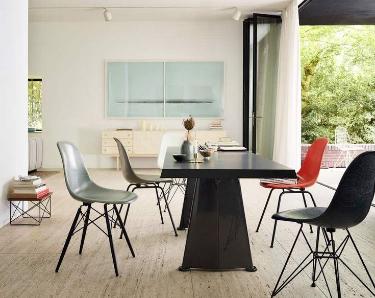 Vitra Eames Fiberglass Chair DSR Stuhl design, Moderne
