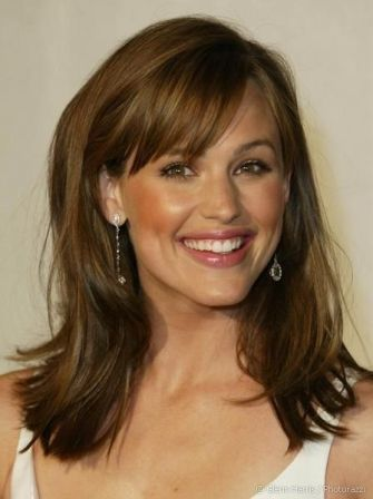 50 Best Hairstyles for Medium and Shoulder Length Hair