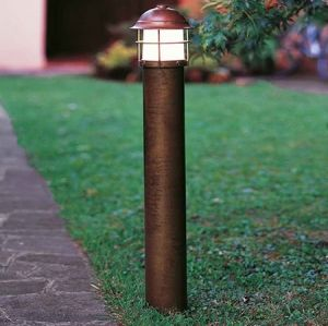 Il Fanale Garden Bollard Is A Series Of Small To Large Iron Lamp