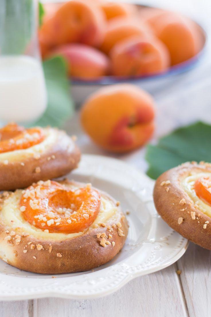 J'ai vraiment eu de la chance, car mes premiers abricots achetés sont vraiment délicieux. Il me semble qu'il y avait bien longtemps que j...