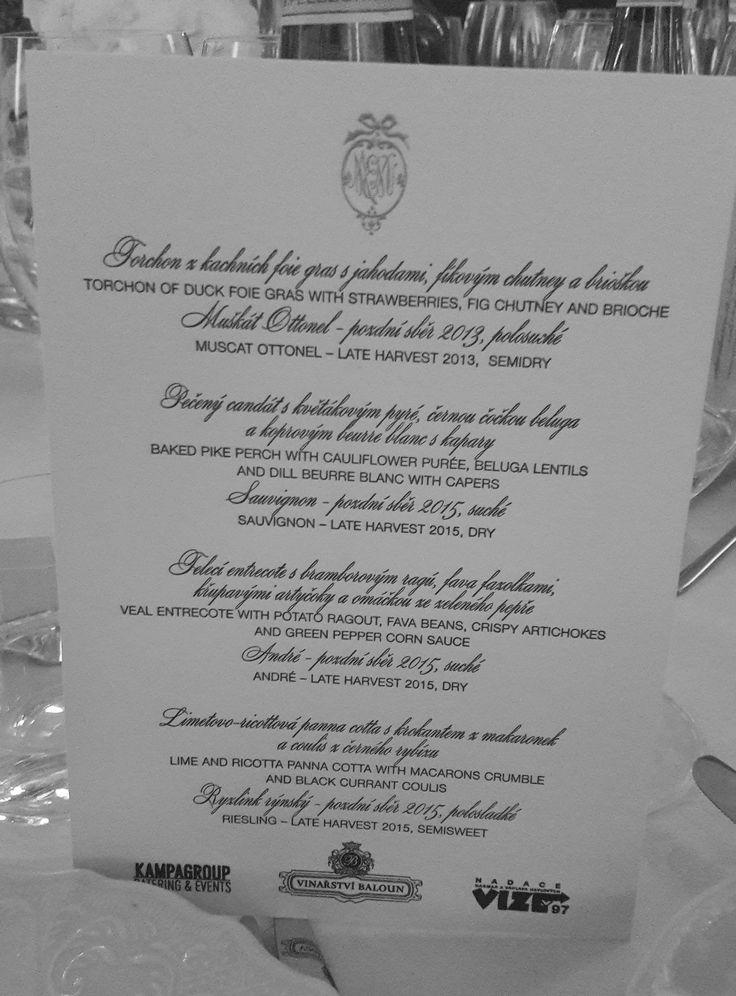 Unter der Teilnahme von vielen bedeutenden in- und ausländischen Persönlichkeiten aus den Bereichen Wissenschaft, Kultur und Politik fand am 22. 6. ein Gala-Dinner zur Feier des 20. Jahrestags der VIZE 97 Stiftung des Ehepaars Havel statt. Generalpartner des Abends in der ehemaligen Kirche St. Anna (Prager Kreuzung) war CTR group, a.s. Das Spezial-Menü wurde von Köchen aus der Kampa-Gruppe, unter der Leitung von Chefkoch Mark Raditsch zubereitet. Das Programm wurde von Libor Bouček moderiert…