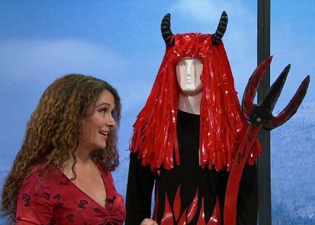 Kostüm-Tipp: Teufelsweib/ Teufelchen/ Rote Perücke ‹ Martina Lammel