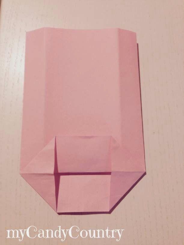 Creare coccarde di carta per buste fai da te
