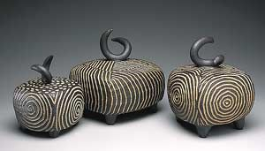 Lidded Boxes: Larry Halvorsen: Ceramic Boxes - The Artful Home