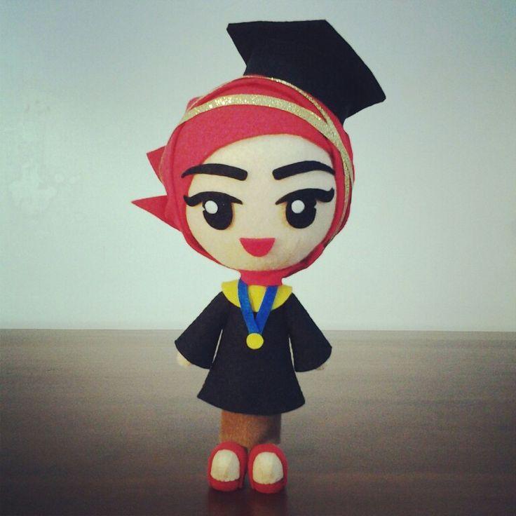 "Custom felt doll ""graduation"""