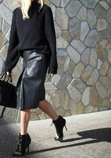 All black errrthang.: Midi Skirts, Black Leather Skirts, Leather Midi Skirt, Style Fall, Black Knit, Street Style, Black Peeps Toe Booty Fashion, All Black Everything, Style Fashion