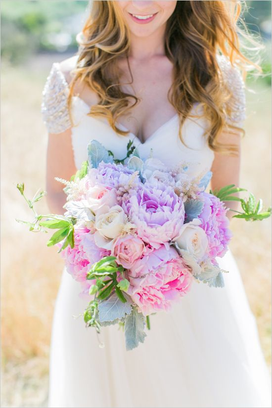 pink and purple bouquet | pastel wedding ideas | oversized bouquet | pink wedding ideas | #weddingchicks