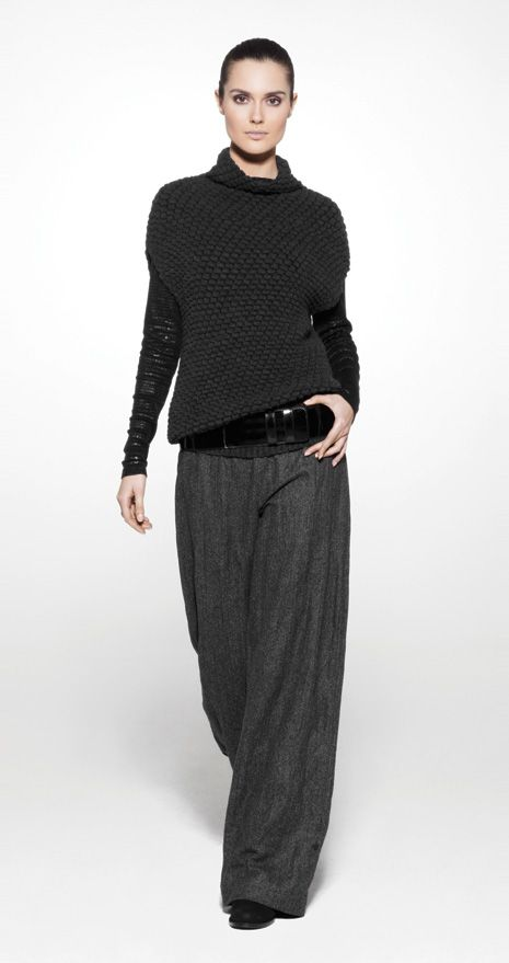 baggy trousers with casual sweater - at 5', the pants would look like they're wearing ME, but I like this look on taller people. Actually I think the legs on the model should be a little longer to pull off this wide leg look.
