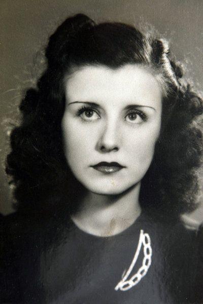 Rosie the Riveter. Elinor Otto in her 20s.