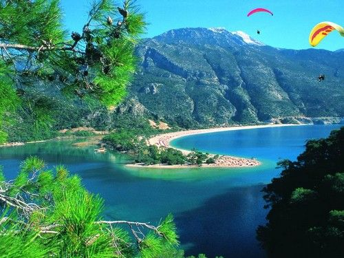 Google Image Result for http://www.bestplacestovisit.org/wp-content/uploads/2010/07/VISIT-MARMARIS-IN-TURKEY.jpg
