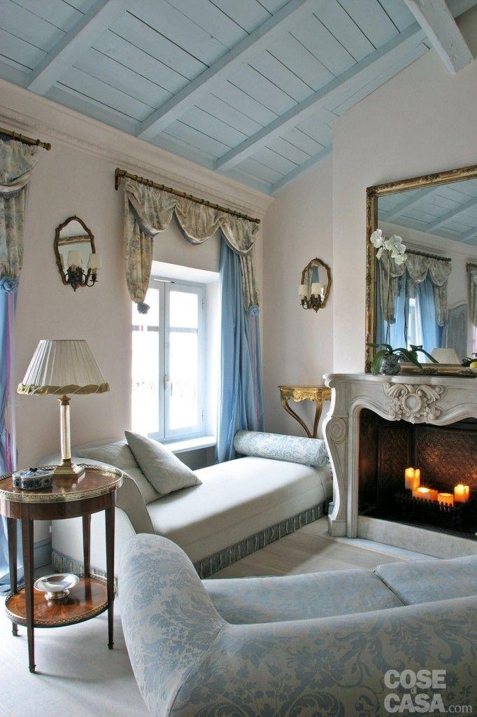 Oltre 25 fantastiche idee su divano antico su pinterest - Letto sotto finestra ...