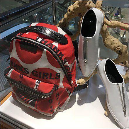 Unisex Back-To-School Museum Case