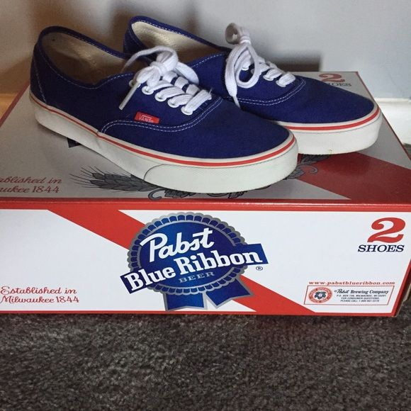 Vans Pabst Blue Ribbon edition canvas sneakers Extremely rare and hard to get sneaker! Worn once and also comes with PBR laces and patterned socks. No damage or scuffs. Get this awesome sneaker before it's gone! Vans Shoes Sneakers