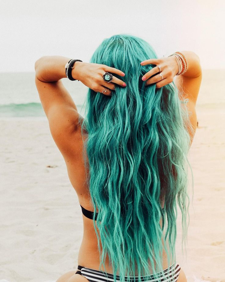 When your hair matches the ocean x @ladyscorpio101