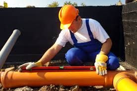 Plumbing contractors have the knowledge and experience that it takes to see a large plumbing job through from start to finish. It takes years of learning and on the job experience just to become a plumbing contractor; so people who need that big job done know they are putting it in good hands. Here are some of the main functions that a plumbing contractor performs on a big plumbing job.