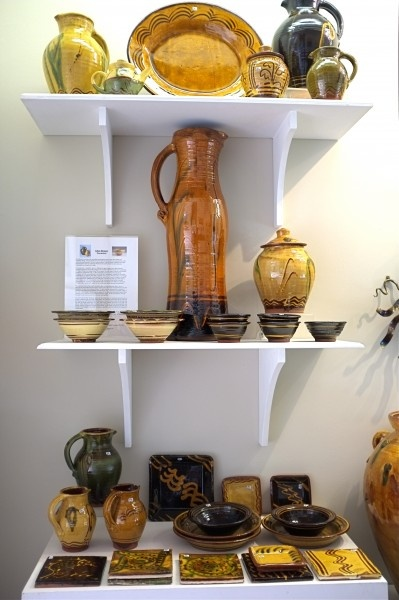 Burton Art Gallery stock ceramics including Clive Bowen, Svend Bayer and Jenny Southam. We are also proud to say that are a long-standing Ceramic Review stockist. So if it's an individual copy you're after, why not stop by?
