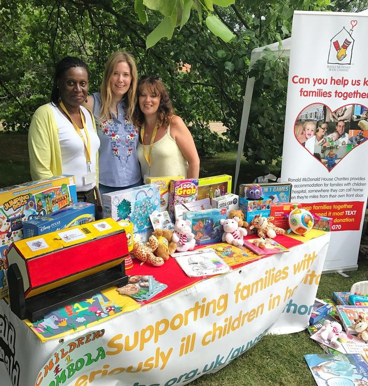 Enjoying a super day in the  on the @RMHCUK Evelina House tombola stand at the Lambeth Palace fete raising much needed funds to continue supporting families who have seriously ill children in hospital come and show us some love if you're in the area! #lambethpalacefete #lambethparishfete #rmhcuk #evelinahouse #ronaldmcdonaldhousecharitiesuk #rmhcukevelinahouse #fundraising