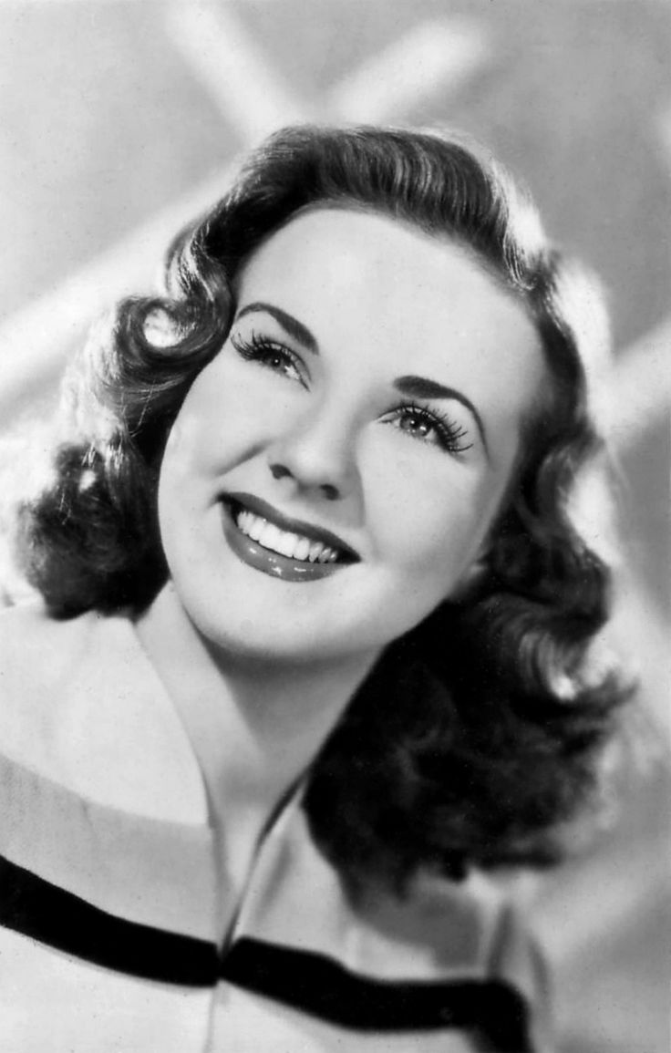 Deanna Durbin (born Edna Mae Durbin was a Canadian singer & actress, who appeared in a number of musical films in the 1930s & 1940s singing standards as well as operatic arias.(Can't Help Singing, First Love, Every Sunday) 1921-2013 R.I.P.