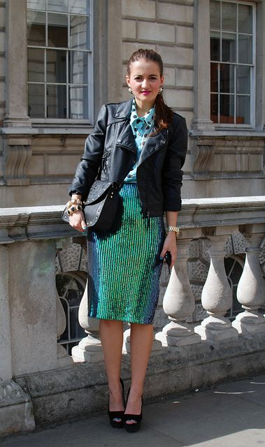 Love the skirt  DSC_0104 by thestylescout3, via Flickr