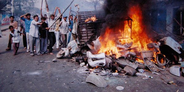 #India court convicts 24 over 2002 #Gujarat riots massacre