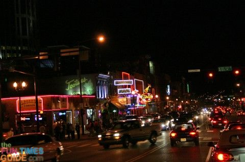 Visiting Nashville? Some Nightlife Things To Do + Hotel Recommendations For A Fun Weekend Downtown | The Fun Times Guide to Franklin / Nashv...