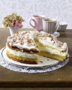 Das Rezept für Apfelbaiser-Torte und weitere kostenlose Rezepte auf LECKER.de