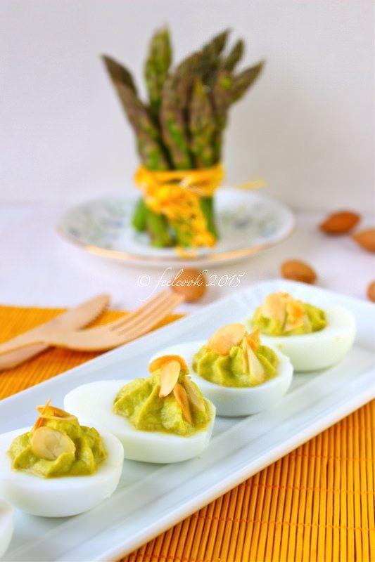 Uova ripiene agli asparagi