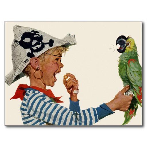 Het vintage afbeelding die van illustratiekinderen een kind kenmerken kleedde zich als piraat die een krantenpet met een schedel en gekruiste knekels dragen en met zijn vogel van de huisdierenpapegaai spelen. AAARRRGH kameraadschappelijk! Kan de vogel Polly als een Piraat spreken?