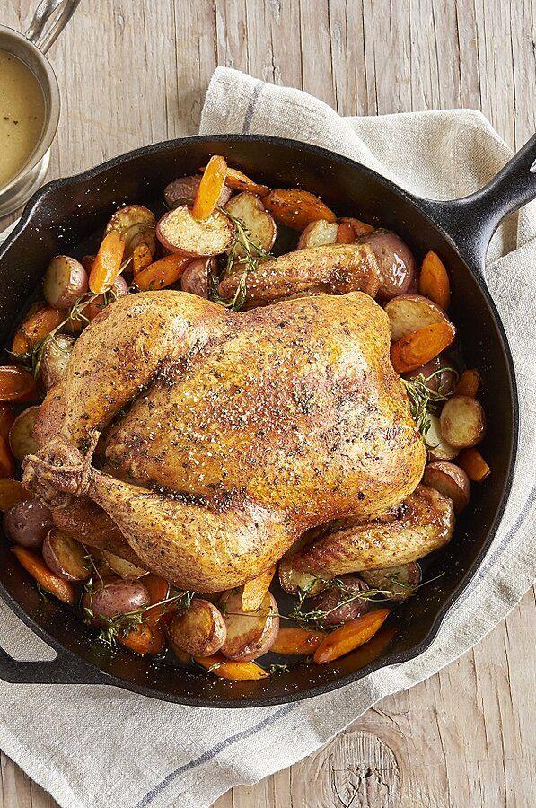 Roast Chicken Dinner With Gravy Recipe In 2020 Dinner Roast