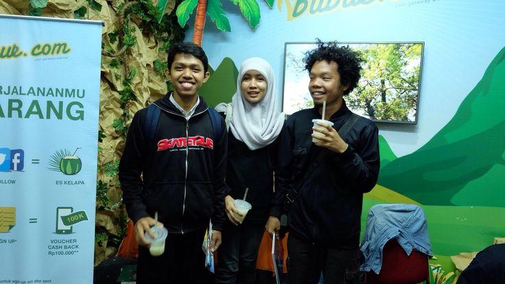 Nah buat yang mau dapat dry bag gratis pas banget ikutan selfie contest di booth blibur.com. Selain tas anti air,  Teman Pejalan juga berkesempatan mendapatkan voucher hotel di Bali.