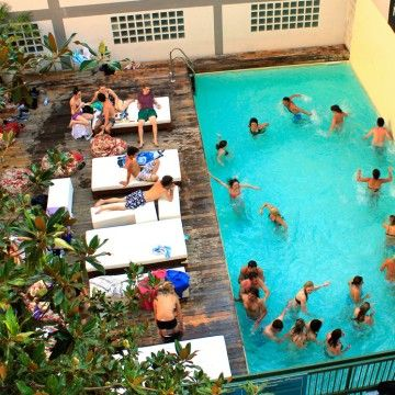 7 best best party hostels on earth images on pinterest for Ostello santa monica