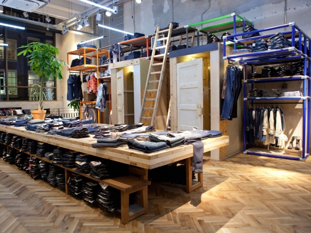ReStore: reuse, rebrand, rejuvenate. That's the concept behind the new 240-sq-m Levi's store in Amsterdam, a retail space meant to reflect the city itself.
