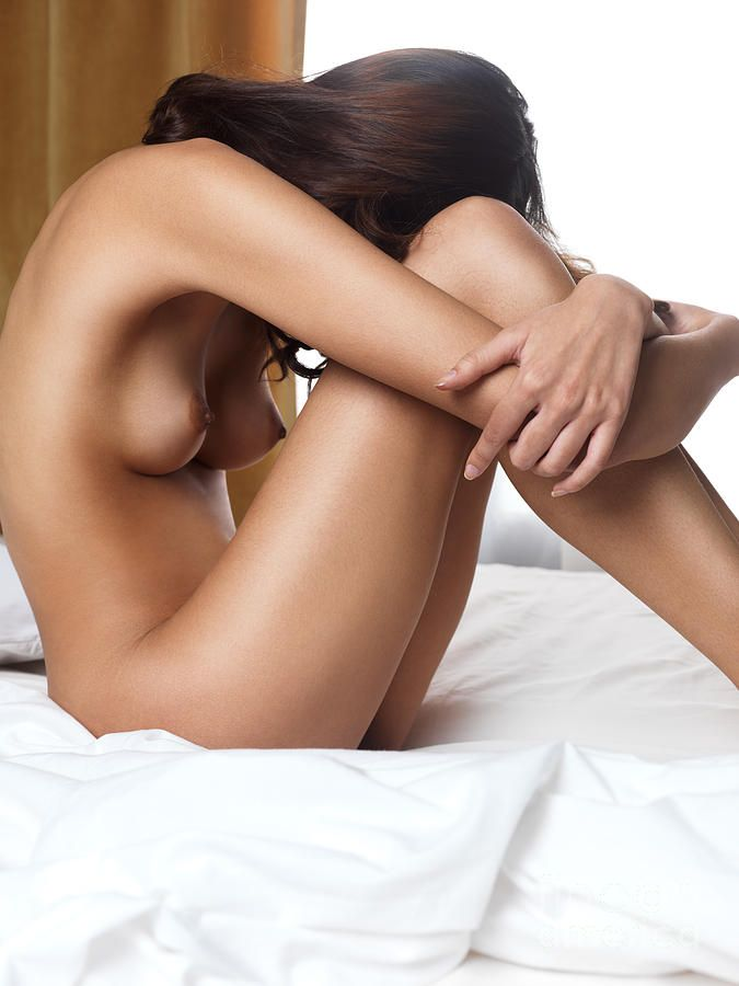 women without arms and legs naked pic
