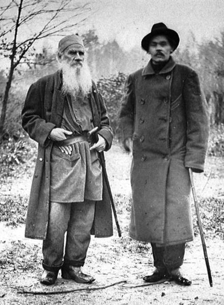 Ο Leo Tolstoy και ο Maxim Gorky. Enormes escritores rusos.