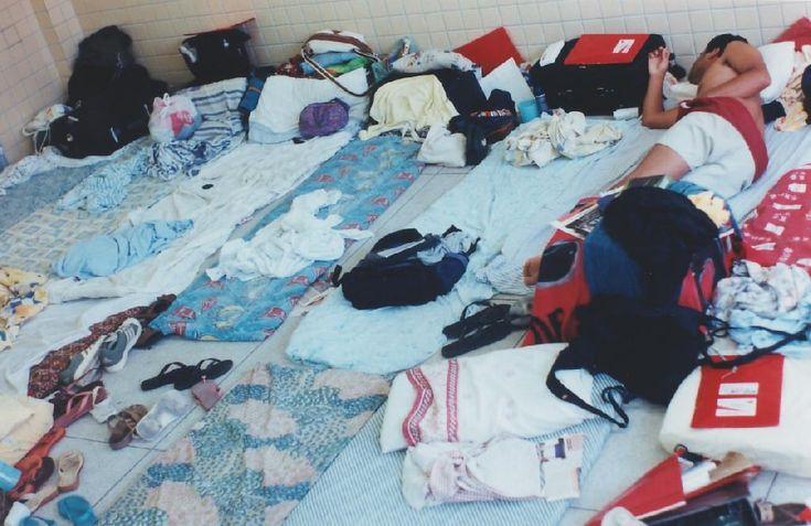 MANCHAS de  URINA do colchão e das roupas. Como tirar?