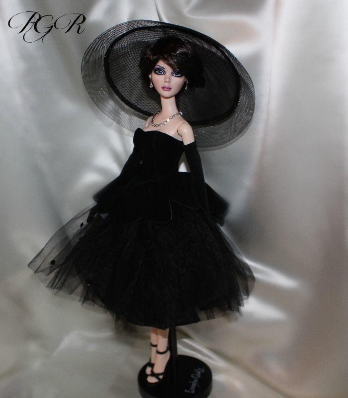 Роковая женщина 18 В Китти только КОЛЬЕР мода, на ТОННЕР ЭВАНДЖЕЛИН - без куклы   ибее
