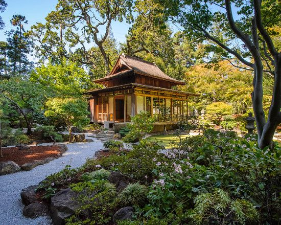 Inspiring Traditional Japanese Style House Plans Ideas: Awesome Japanese Guest House With Green Lanscaping ~ blingfun.com Architecture Inspiration