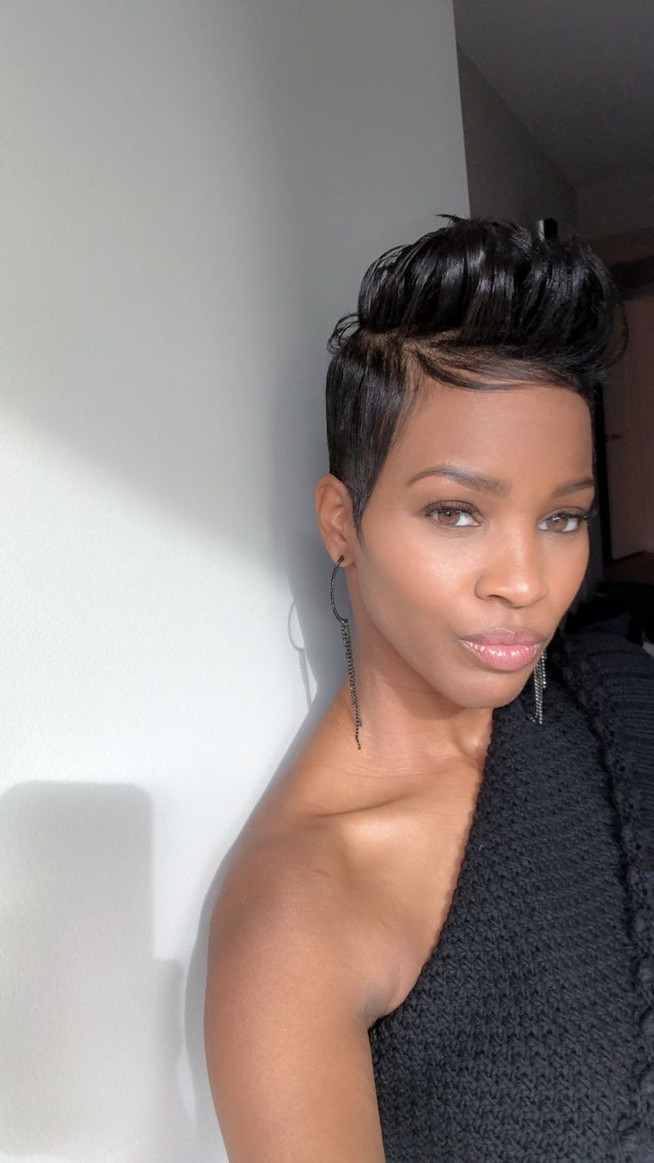 best hair cuts images on pinterest short hair short bobs and