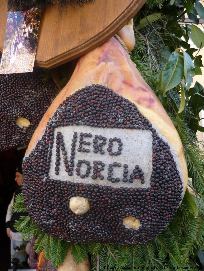 Calimero, il tartufo tutto nero § NeroNorcia: Mostra Mercato del Tartufo - Norcia (PG)